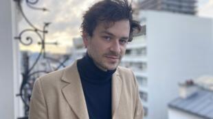 O músico Sébastien Wolf, em Paris, 19 de Fevereiro de 2021.