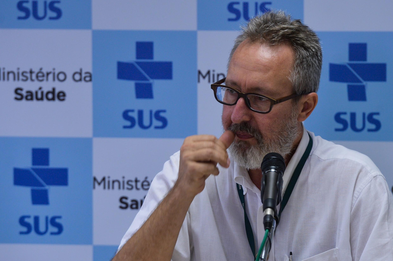 Cláudio Maierovitch lidera os esforços do Ministério da Saúde contra os casos de microcefalia.