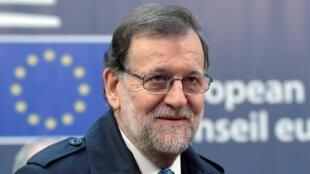 O primeiro-ministro conservador Mariano Rajoy deve tomar posse nos próximos dias