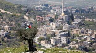2021-04-27T042440Z_719727087_RC244N938Q0H_RTRMADP_3_ISRAEL-PALESTINIANS-HUMANRIGHTSWATCH-CRIMES
