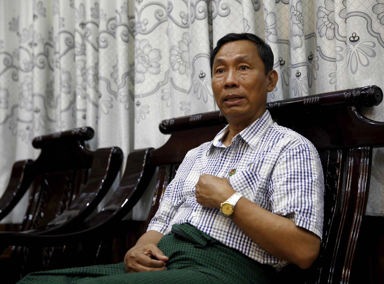 Chủ tịch Quốc hội Miến Điện Shwe Mann trong cuộc trả lời phỏng vấn Reuters ngày 4/11/2015 tại nhà riêng ở Phyu, Miến Điện.