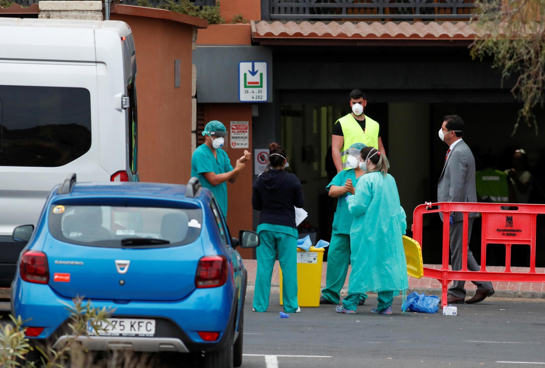 В Испании число жертв коронавируса 13 марта достигло 120 человек и более 4200 подтвержденных случаев заражения.