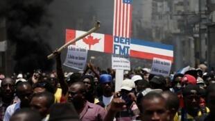 Manifestation contre le gouvernement haïtien de Jovenel Moïse à Port-au-Prince, le 13 juin 2019.