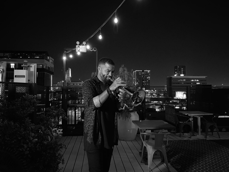 """Ludovic Louis présente son premier album solo """"Rebirth"""""""