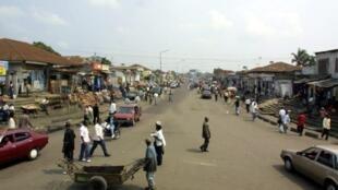 Une rue à Kinshasa