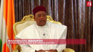 Mahamadou Issoufou, Rais wa Niger, wakati wa mahojiano na RFI na Ufaransa 24.