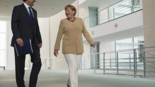 A chanceler alemã Angela Merkel e o primeiro-ministro grego, Antonis Samara, em Berlim na última sexta-feira.