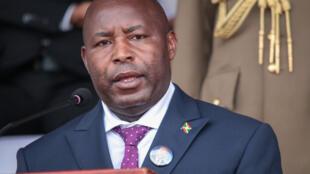 Le président burundais Evariste Ndayishimiye le 26 juin 2020 au stade Ingoma à Gitega.