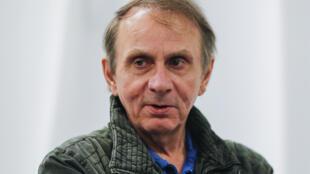 میشل ولبک، نویسنده فرانسوی در گالری ونوس نیویورک، جمعه دوم ژوئن