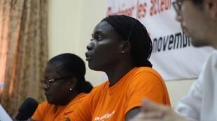 Kamadji Demba Karyom (au milieu), syndicaliste tchadienne.
