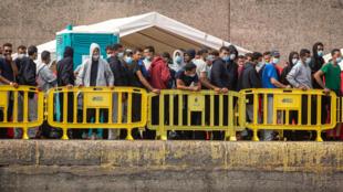 Des migrants secourus en octobre dans les Îles Canaries (image d'illustration).