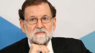 O primeiro-ministro espanhol, Mariano Rajoy, ficou isolado depois de integrantes de seu partido (PP) serem condenados por corrupção.