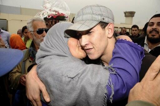 Le 12 janvier 2012, le rappeur Mouad Belghawat, condamné à un an de prison ferme, surnommé El Haqed, le « rancunier » à sa sortie de prison.