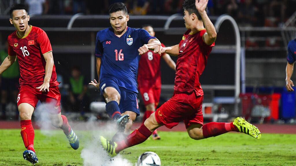 Bóng đá: Tuyển Việt Nam lần đầu tiên lọt vào vòng loại thứ 3 World Cup
