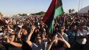 利比亞班加西部分民眾6月5日示威抗議立法選舉