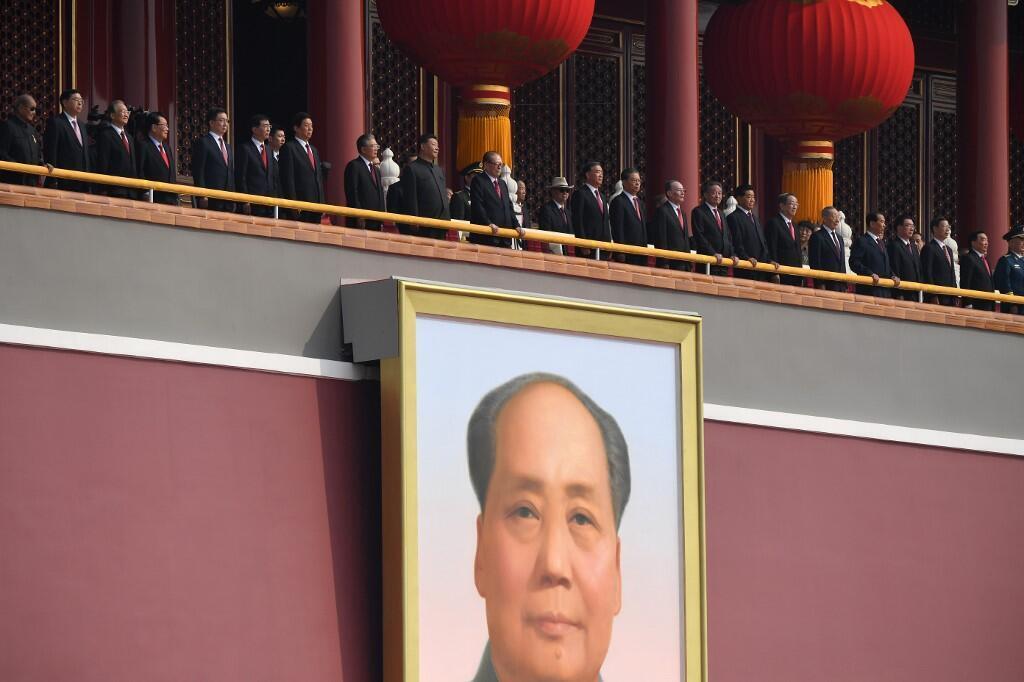 Le président Xi Jinping à la tribune du défilé marquant le 70e anniversaire de la République populaire de Chine, ce 1er octobre 2019 à Pékin.