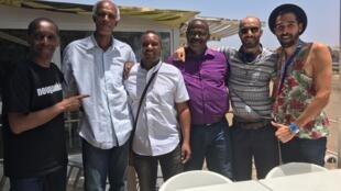 Claudy Siar, Silva Silvestre Alfama (Bulimundo), Zé Rui De Pina, Manuel Di Candinho (Bulimundo) et Do Moon.