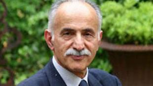 عبدالکریم لاهیجی، حقوقدان و فعال حقوق بشر ساکن پاریس