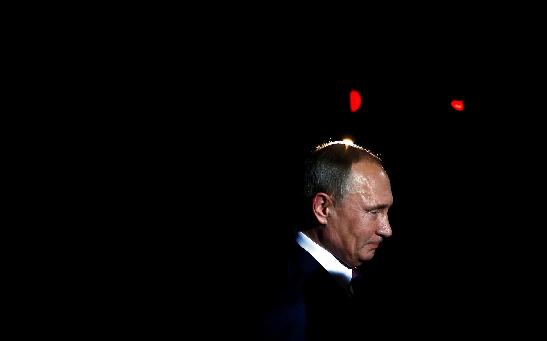 Российскому президенту и его политике правая Le Figaro в четверг, 20 октября, отвела центральное место в своем выпуске.