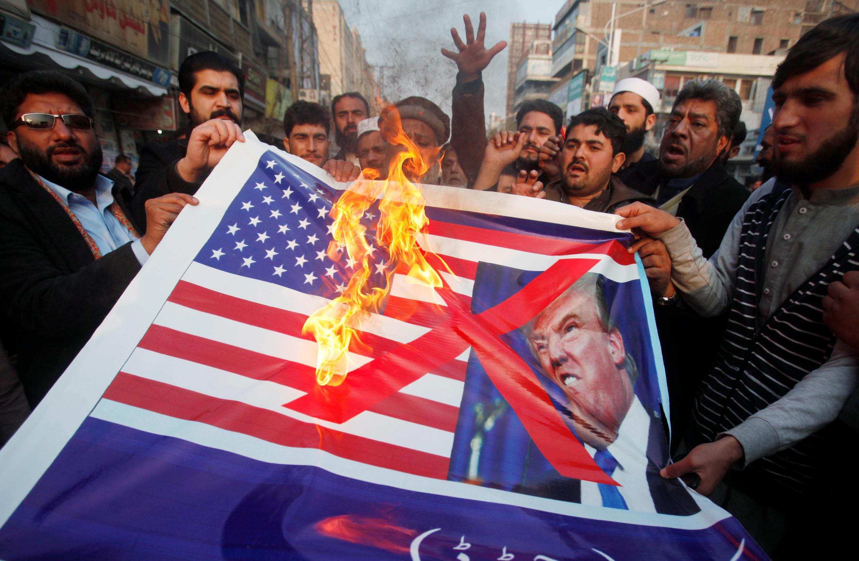 Ảnh minh họa - Pakistan: Biểu tình chống Mỹ tại Peshawar,ngày 05/01/2018.