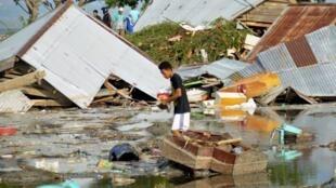 Escombros do tsunami na cidade de Palu, na ilha de Sulawesi, na Indonésia. 29/09/2018.