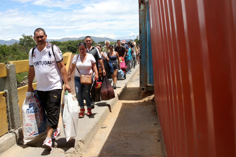 Sur le pont Simon-Bolivar, frontière entre le Venezuela et la Colombie (image d'illustration).