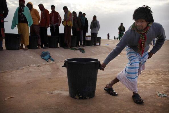 Giao tranh tại Libya : Lao động nước ngoài kể cả Ấn Độ, Philippines và Việt Nam tìm đường lánh nạn - Spencer Platt /Getty Images