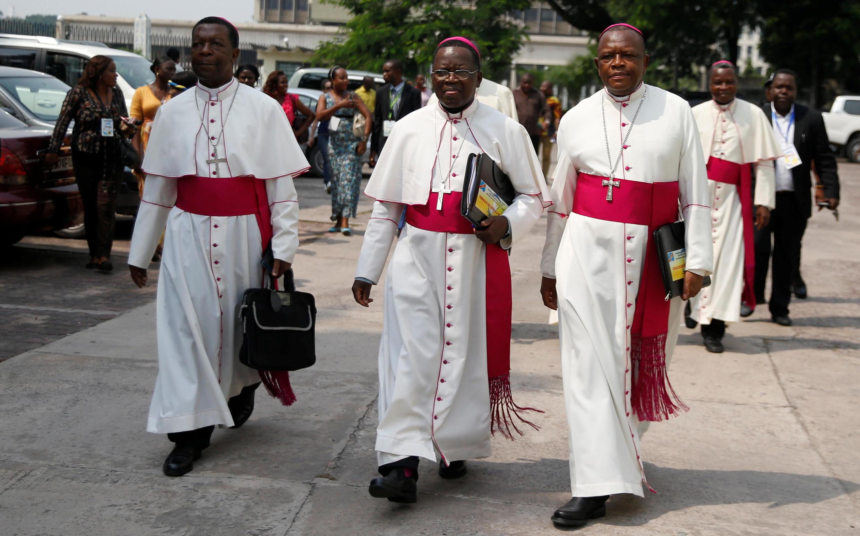 Maaskofu wa Kanisa Katolika ambao wamekua wakiendesha mazungumzo kati ya serikali ya DRC na upinzani Desemba 21, 2016,  Kinshasa.