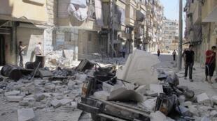 Vários bairros de Aleppo se encontram completamente destruídos após confrontos desta terça-feira com as forças de Bashar el-Assad.