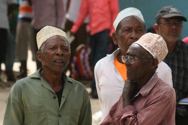 Baadhi ya Wazee kutoka nchini Tanzania mbao nao wameendelea kukabiliwa na madhira mengi
