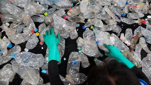 En France, seulement 26% des emballages en plastique sont recyclés.