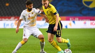 Dejan Kulusevski (R) is one of Sweden's rising stars