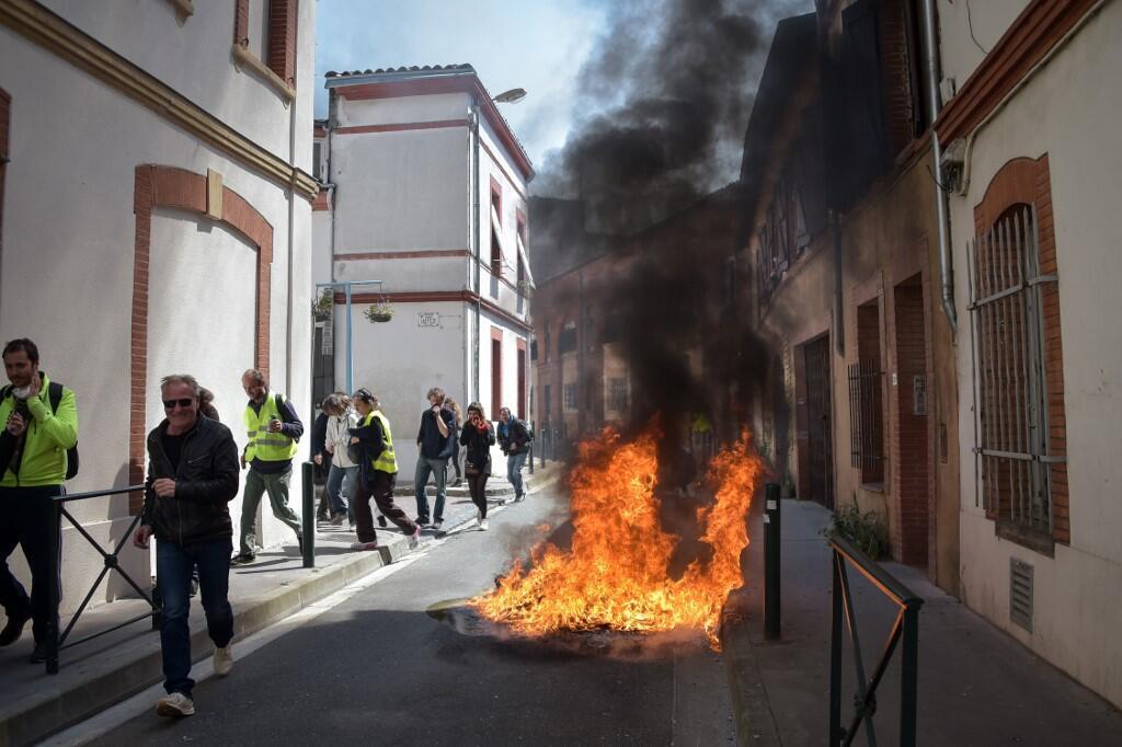 Người biểu tình Áo Vàng trên một con phố tại thành phố Toulouse, miền nam nước Pháp ngày 13/04/2019. une rue à Toulouse, le 13 avril 2019.