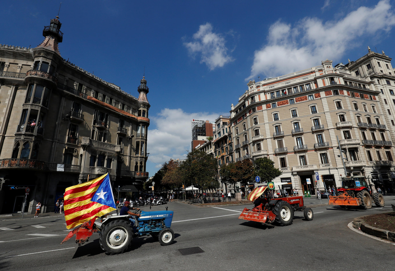 «Марш тракторов» в поддержку референдума в Барселоне, 29 сентября 2017.