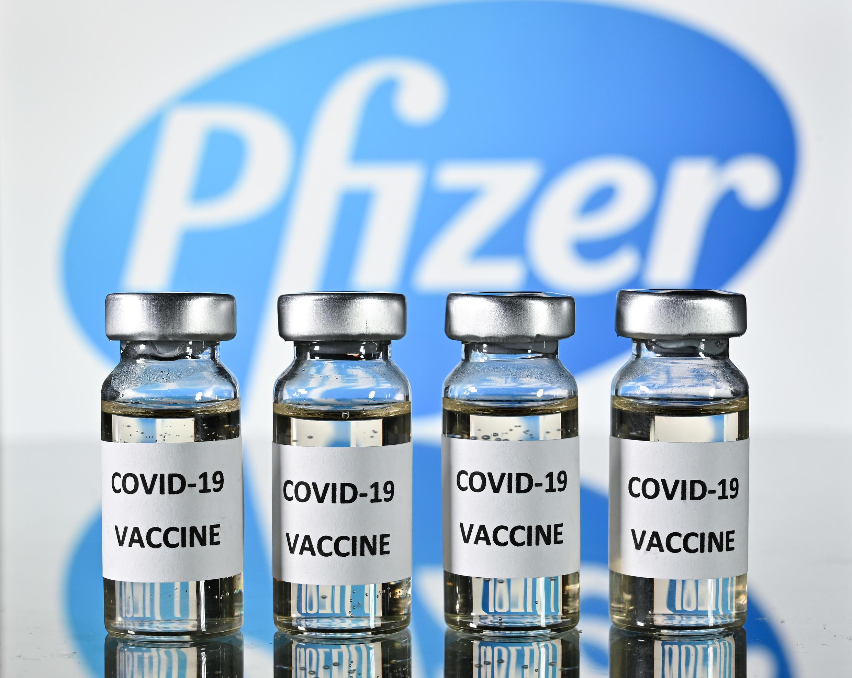 A notícia surge uma semana depois da vacina concorrente da Pfizer e BioNTech ter sido apresentada como eficaz a 90%.