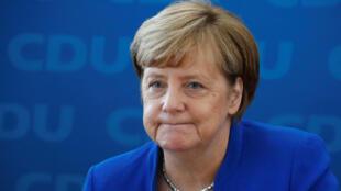 La chancelière allemande Angela Merkel lors d'une conférence de presse au siège de la CDU à Berlin, le 16 octobre 2017.