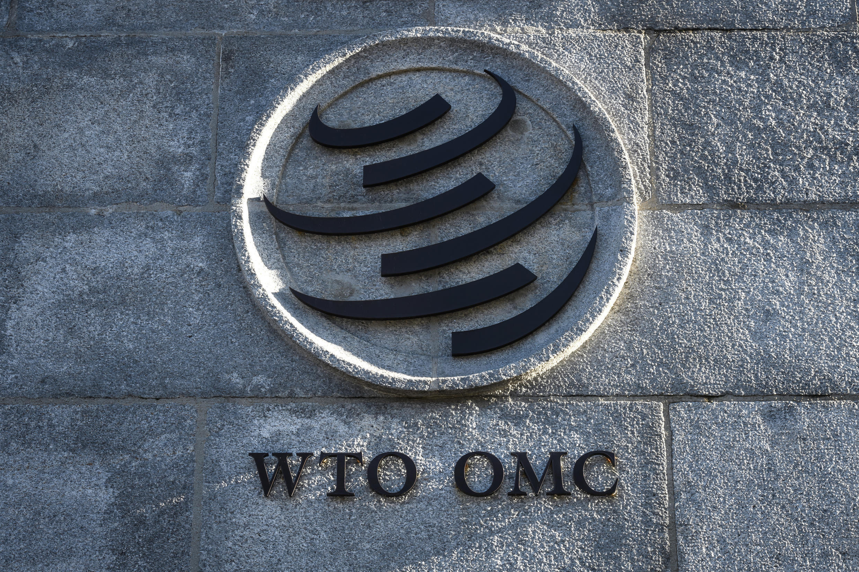 法廣存檔圖片 - Image d'archive RFI : Un logo de l'Organisation mondiale du commerce (OMC) à son siège dans la ville suisse de Genève.