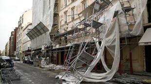 Scaffolding blown down by Storm Eleanor in Paris