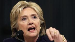 Hillary Clinton durante su audiencia ante la comisión especial creada por la mayoría republicana de la Cámara de Representantes, el 22 de octubre de 2015.