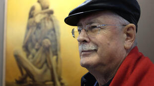 Piotr Dmochowski, collectionneur des œuvres du peintre polonais Zdzislaw Beksinski.