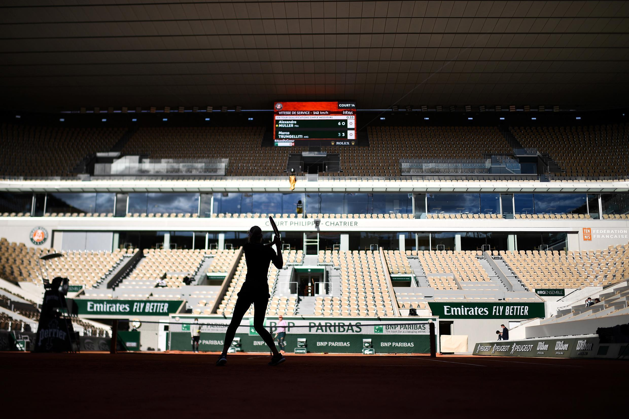Court report: Players practice on Court Philippe Chatrier on Saturday