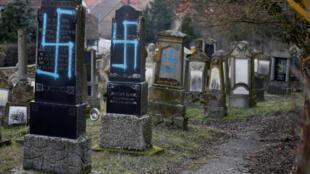 O ano de 2018 fica marcado pelo recrudescimento dos crimes anti-semitas, treze judeus foram assassinados.