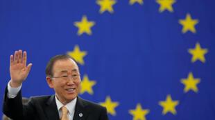 联合国秘书长潘基文在欧洲议会敦促欧盟立法批准巴黎协定,2016年9月