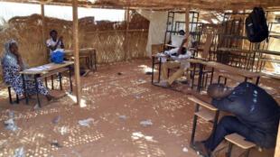 Bureau de vote à Niamey, le 20 mars 2016.