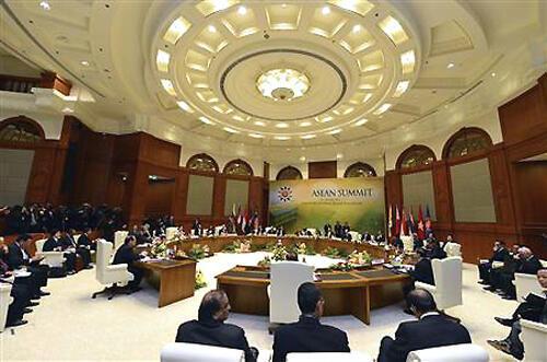 Các ngoại trưởng ASEAN tập hợp từ ngày 27/06 đến 02/07 tham gia các hội nghị liên quan tại Brunei (Reuters /Ahim Rani)