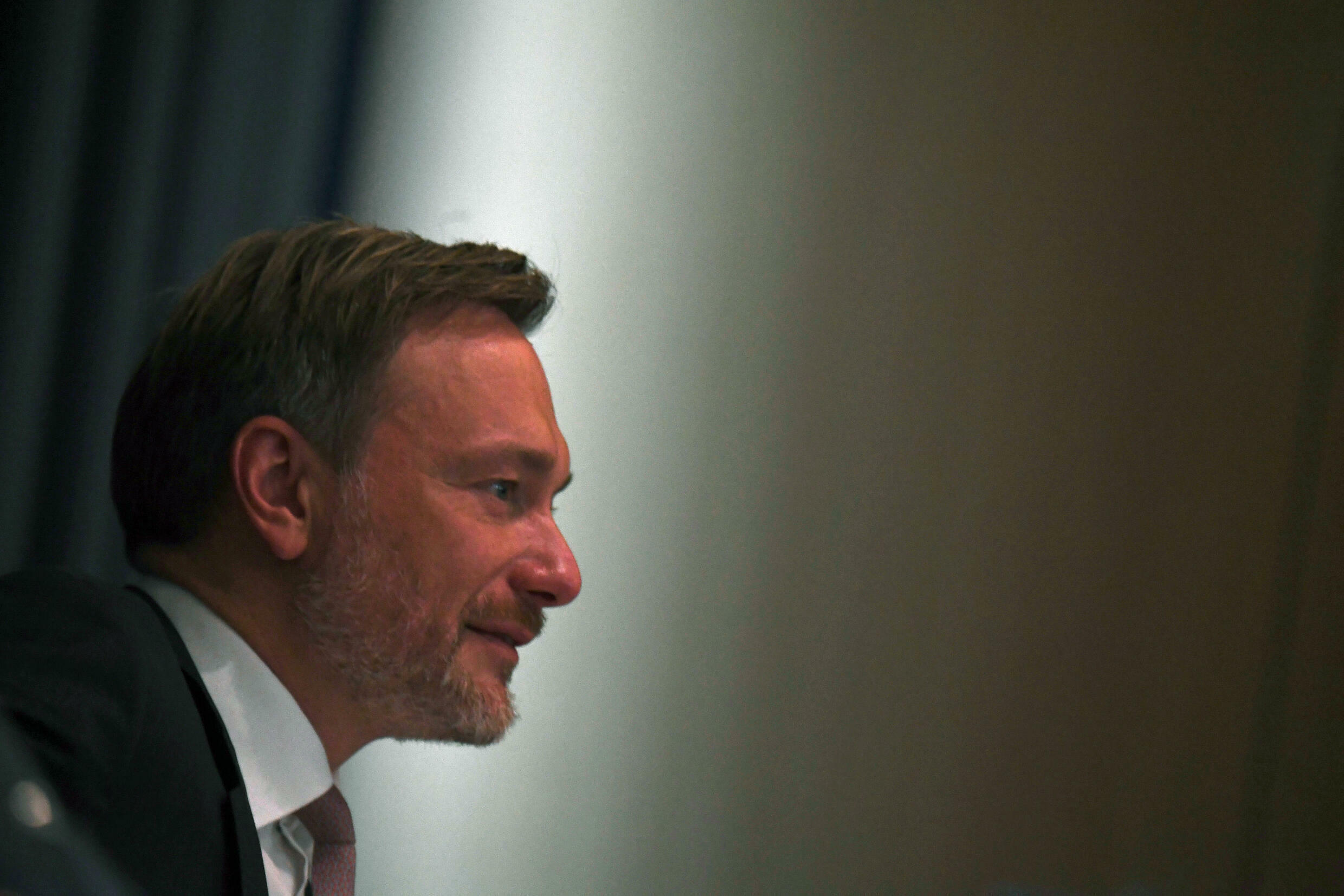 Free Democrat leader Christian Lindner appears cast in the role of kingmaker with him harbouring hopes of becoming finance minister in a coalition government