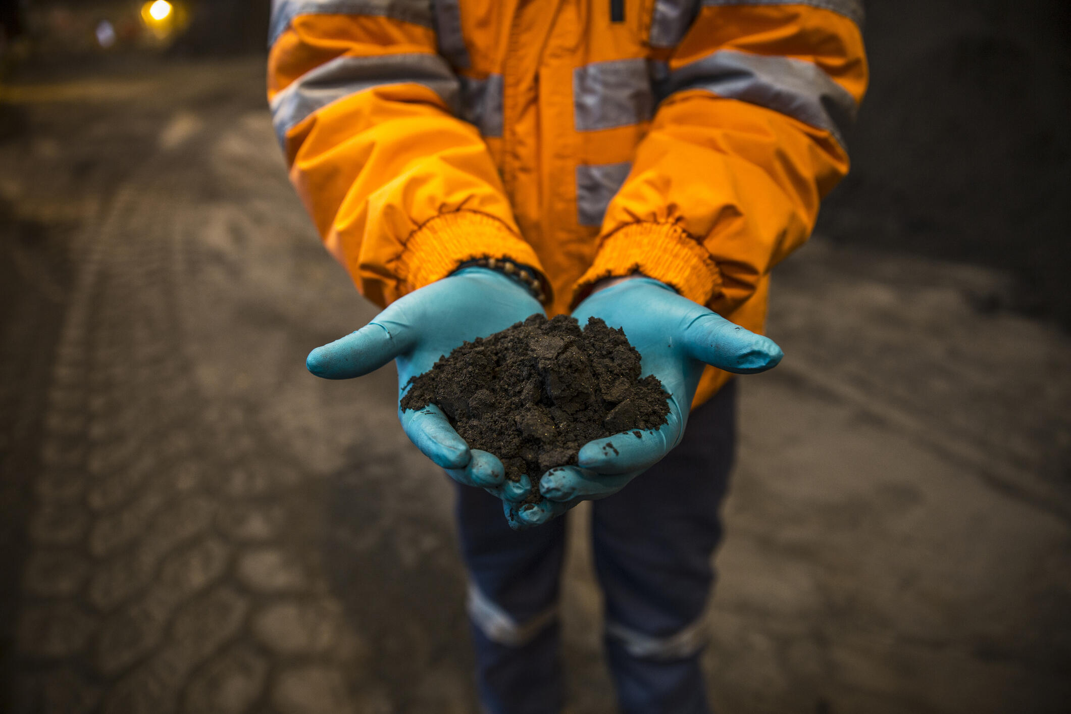 Du concentré de cuivre extrait d'une mine péruvienne.