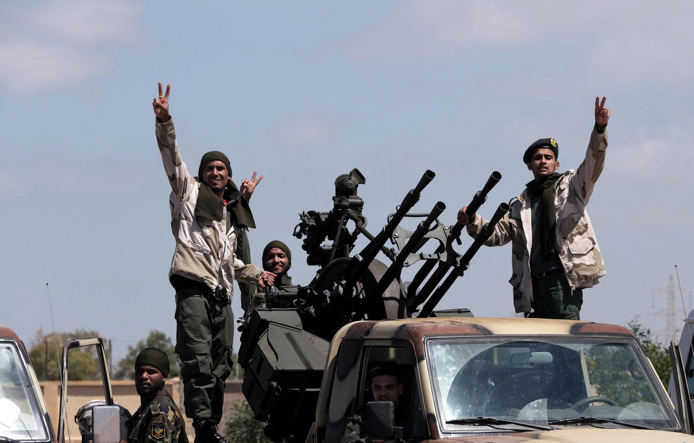 Силы Ливийской национальной армии продолжают наступления вопреки протесту ООН и международного сообщества