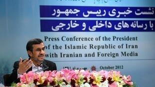 نشست خبری محمود احمدی نژاد باحضور خبرنگاران داخلی و خارجی - سهشنبه ١١ مهر ماه/ ٢ اکتبر ٢٠١٢،