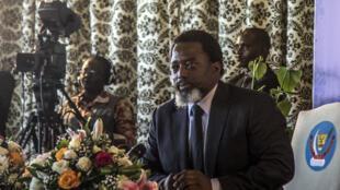 Rais  Joseph Kabila, akihotubia wanahabari  mwezi Januari 2018 jijini Kinshasa